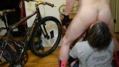 Mature Fat Bitch Blows And Rims Bike Dude